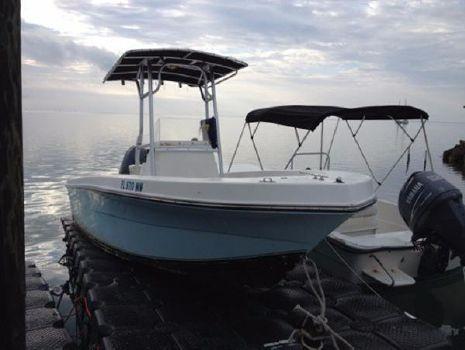 2005 Angler Boats 20