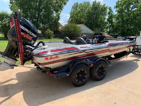 2018 BASS CAT BOATS Puma FTD