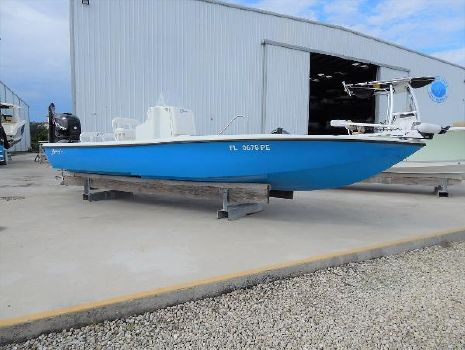 2011 YELLOWFIN 24 Bay