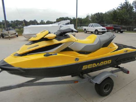 2009 Sea-Doo RXT 215