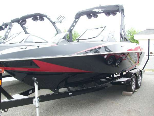 2016 Axis T22