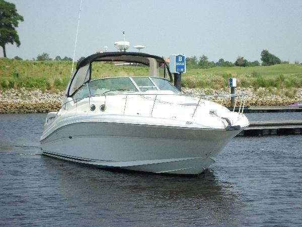 Used 2006 SEA RAY Hydraulic Swim Platform & Bow Thruster