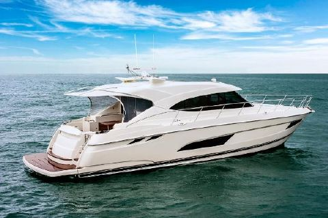 2017 Riviera 5400 Sport Yacht Manufacturer Provided Image