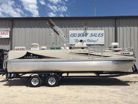 2010 Landau Boat Co Allure 224