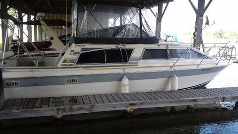 1987 Silverton 29 Sport Cruiser