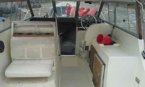1986 Bayliner Trophy