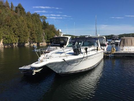 1992 Sea Ray 370 Express Cruiser