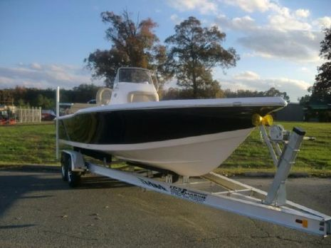 2017 Tidewater Boats Bay Max 2400