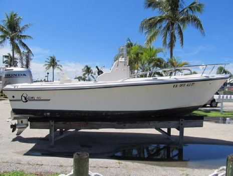 2001 C-hawk Boats 190 Starboard side view