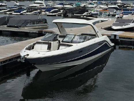 2017 Sea Ray 310 SLX