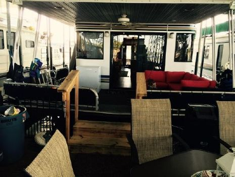 2000 Lakeview 16X65 Houseboat