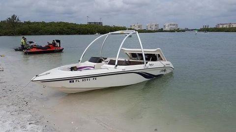 1996 Seaswirl 198 Spyder