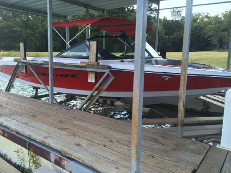2014 Correct Craft Ski Nautique 200