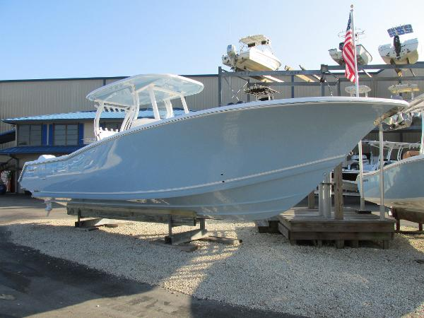 2017 Tidewater Boats 320 CC Adventure
