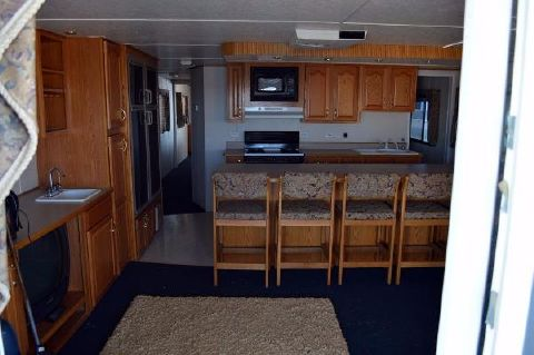 2000 Destination Yachts 60 X 16
