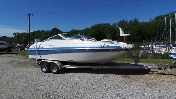2007 NAUTIC STAR 210 DC Sport Deck