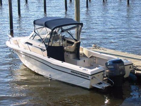2005 Grady-White Seafarer Profile