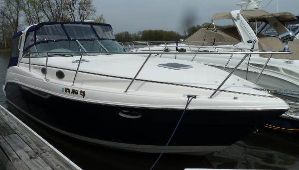 2003 rinker 342 37 foot 2003 rinker motor boat in red for Used boat motors mn