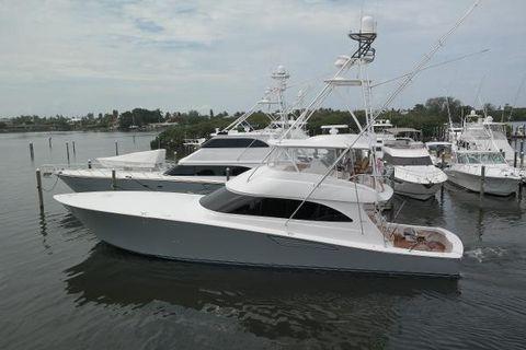 2016 Viking 70 Convertible Port Profile