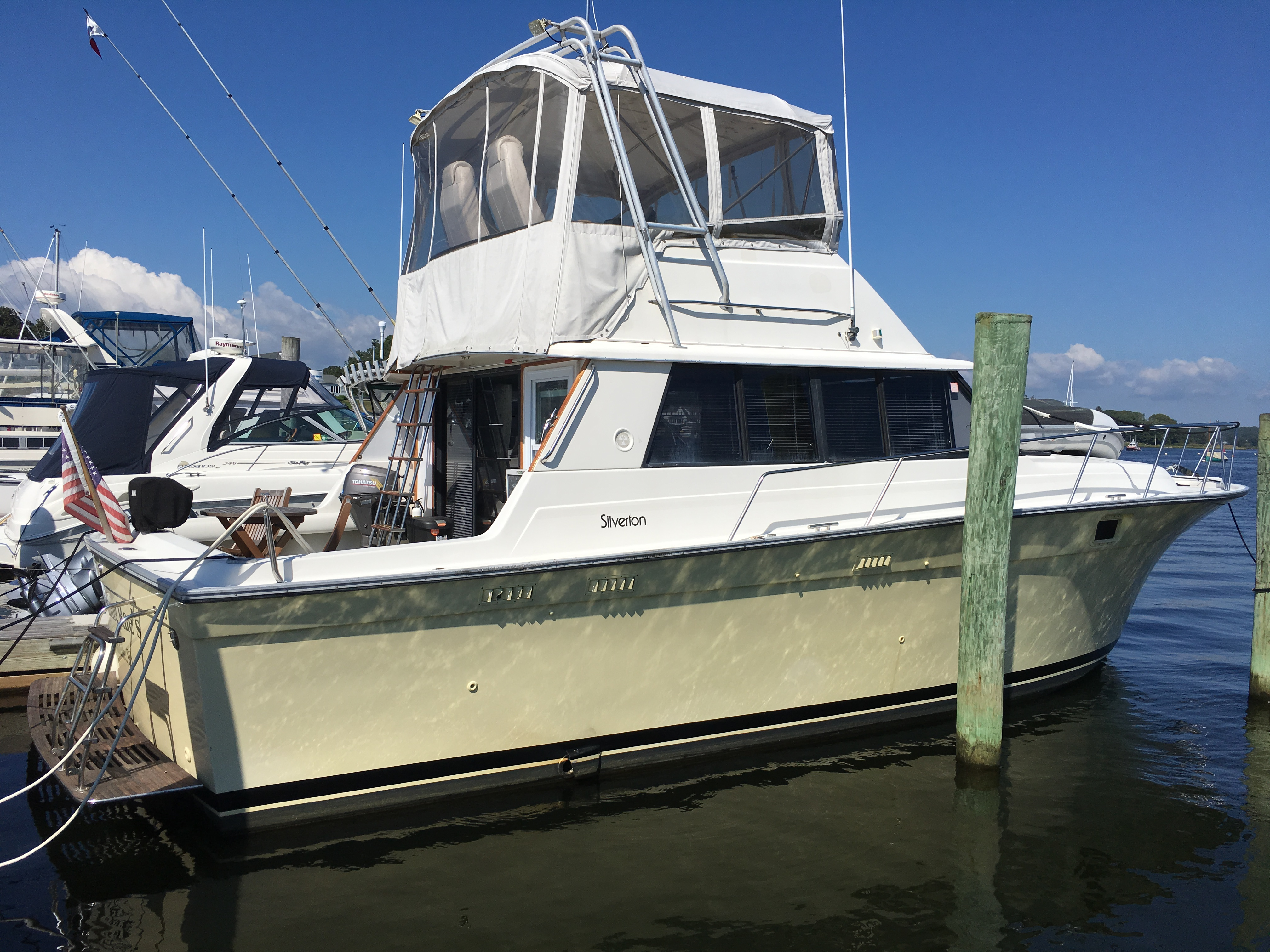 Check out this 1984 SILVERTON Convertible on Boattrader com