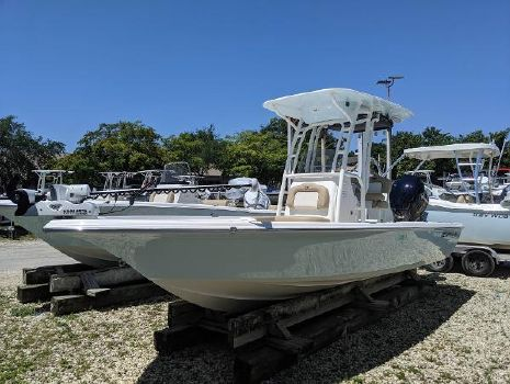 2019 KEY WEST 230 Bay Reef