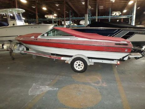 1989 Chris-Craft Cavalier