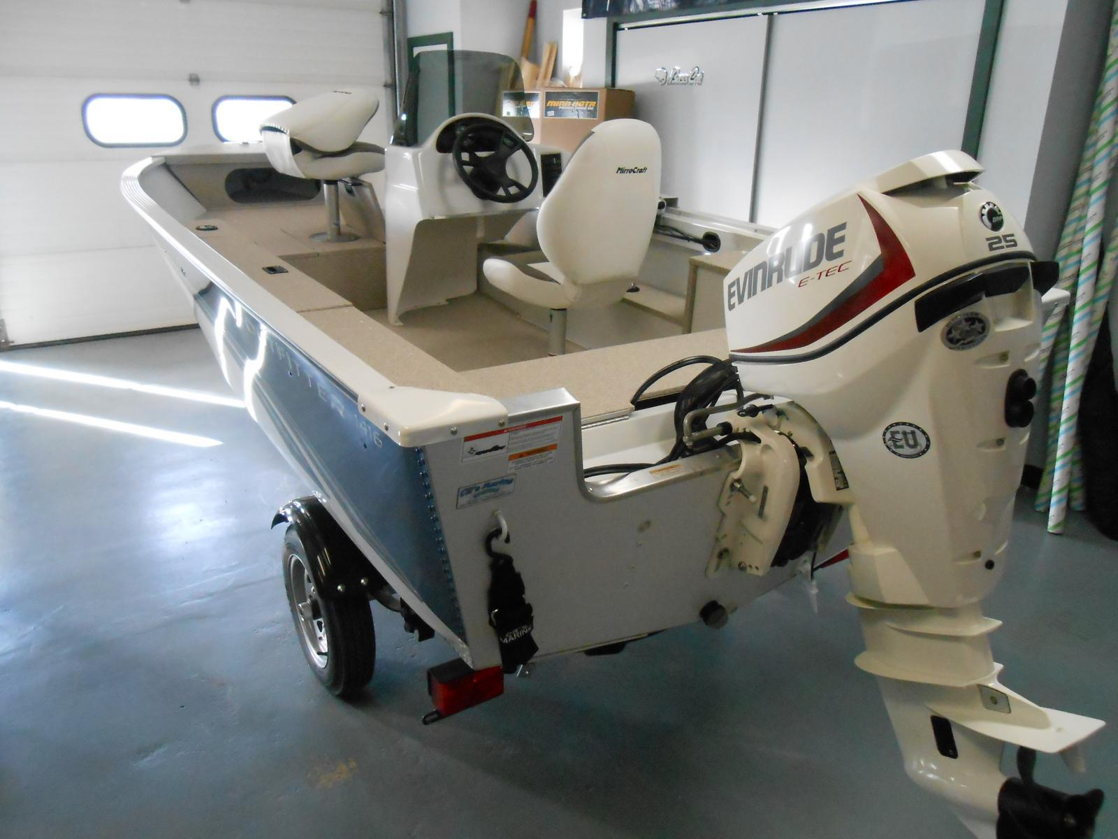 2015 Mirrocraft 1416 Outfitter 14 Foot 2015 Motor Boat