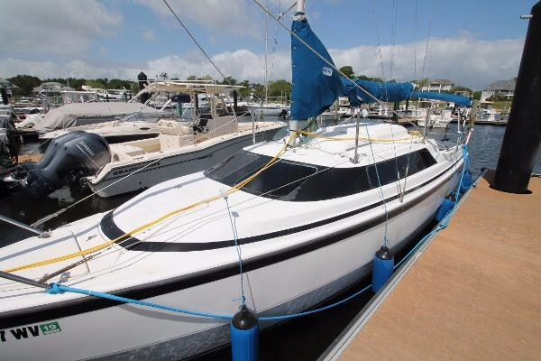 Check out this 2000 MACGREGOR 26X on Boattrader com