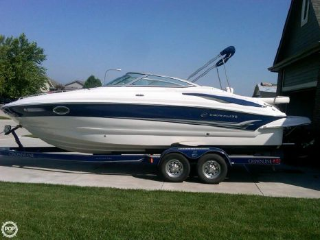 2006 Crown Marine 255 CCR 2006 Crownline 255 CCR for sale in Omaha, NE
