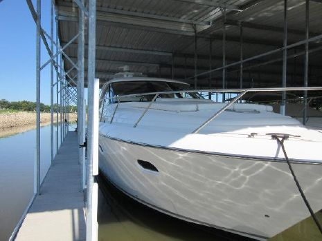 2009 Tiara 5800 Sovran