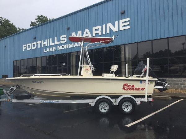 2005 Carolina Skiff Sea Chaser 1950