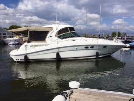 2004 Sea Ray 390 Sundancer Starboard