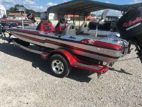 2015 BASS CAT BOATS Sabra
