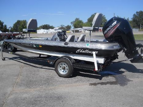 1995 Challenger Boats 280 Radical One