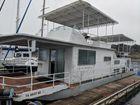 1977 STARDUST Houseboat