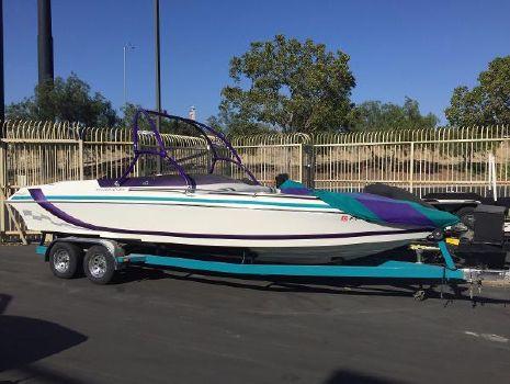 1998 Eliminator Boats 250 Eagle Xp