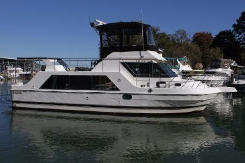 1995 Harbor Master 400 Coastal Cruiser