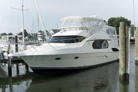 2001 Silverton 43 Motor Yacht