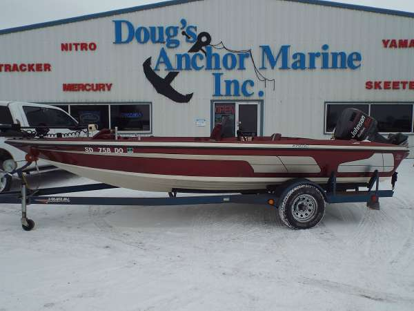 1994 Javelin Boats 320A