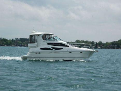 2006 Cruisers 415 Motor Yacht