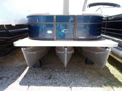 2017 Crest Pontoon Boats Crest I 220 L
