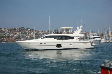 2007 Ferretti Yachts 630 slipping away from port