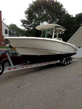 2013 Boston Whaler 320 Outrage with trailer