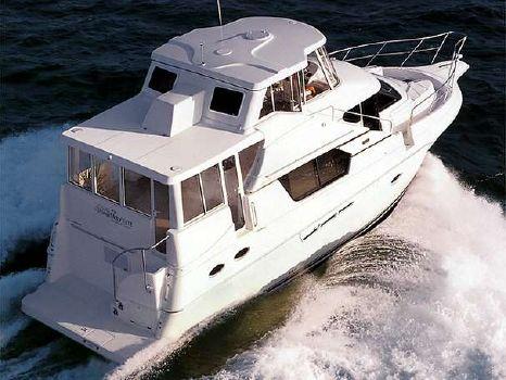 1999 Silverton 453 Motor Yacht Fully Glass Enclosed Running