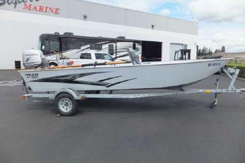 2013 River Hawk Pro V 18 ft.