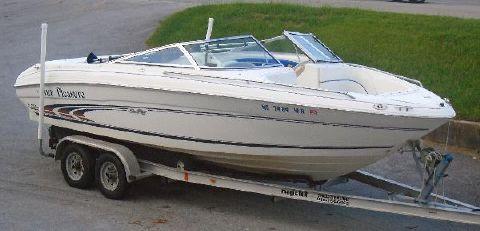 1997 Sea Ray 210 Signature