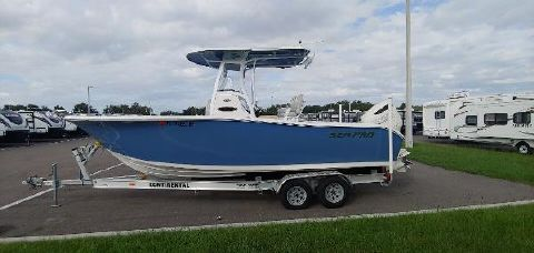 2018 SEA-PRO 239 Center Console