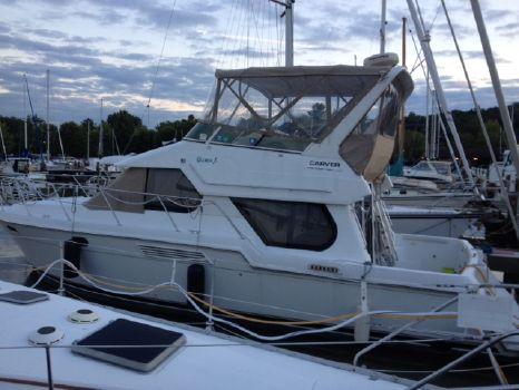 2002 Carver Motor Yacht DIESEL 374 Voyager