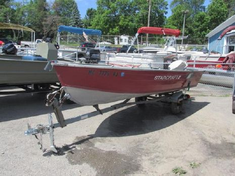 1988 Starcraft 14 foot fishing boat
