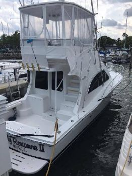2001 Luhrs 32 Convertible